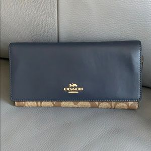 NWT Coach Signature Wallet